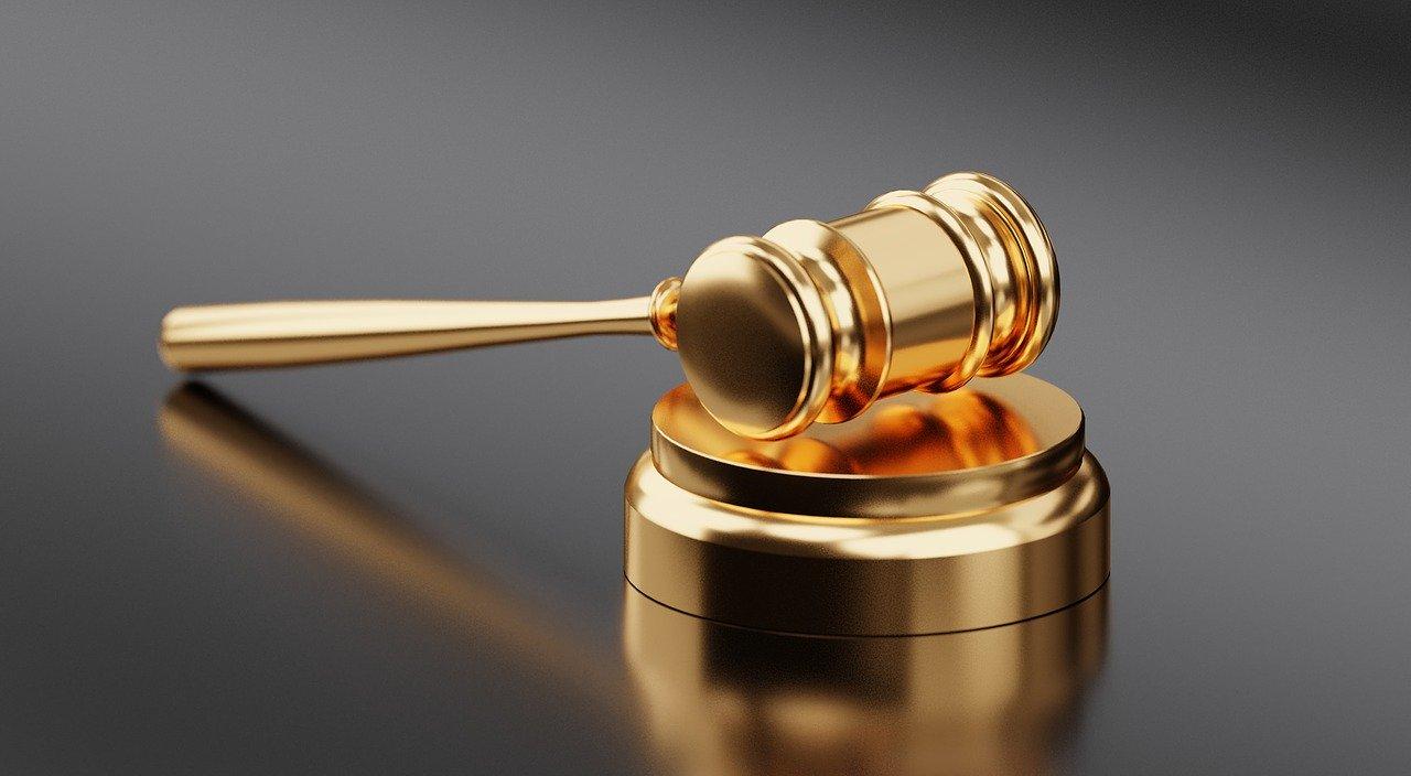 Ação judicial contra seguros