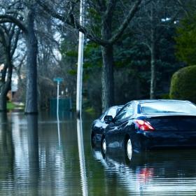 Seguro automotivo cobre enchente?
