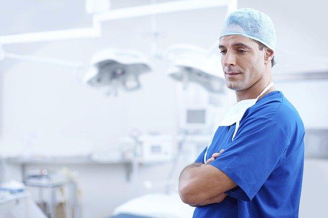 Indicação e preço da bichectomia variam conforme avaliação especializada